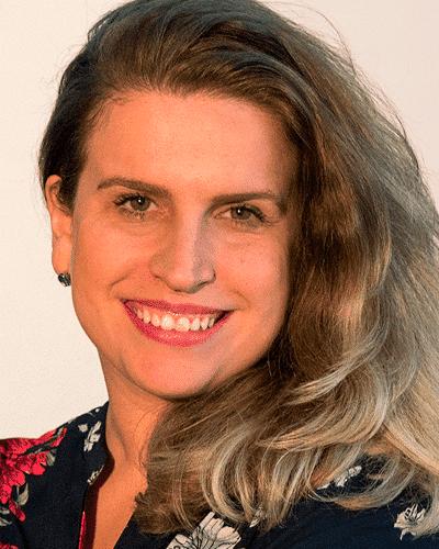 Sra. Lígia Cunha