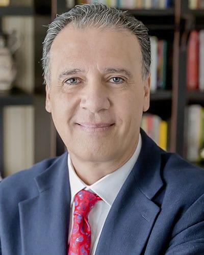 Dr. Cristiano Nabuco