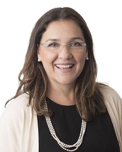 Dra. Lais Perazo Nunes de Carvalho