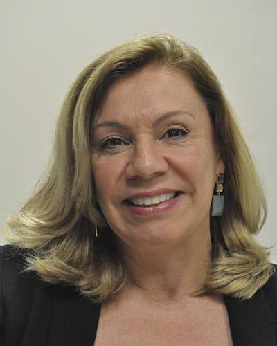 Dra. Roseane Lorena Granzotto
