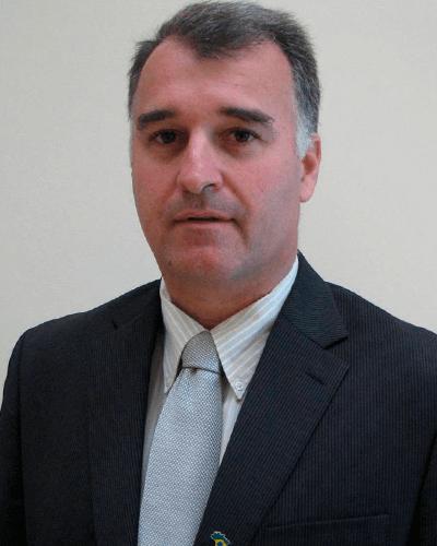 Dr. Gustavo P. Fraga
